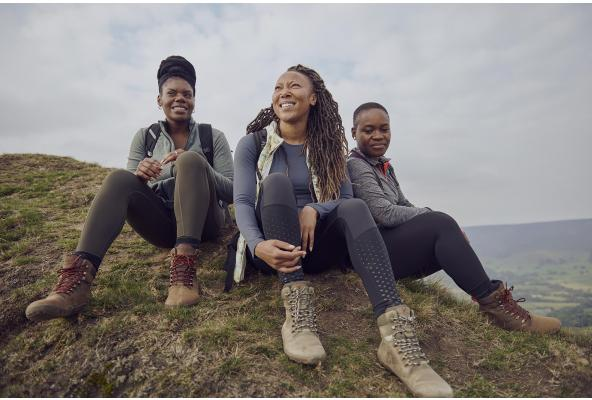 WINTER HIKING TIPS FROM BLACK GIRLS HIKE FOUNDER, RHIANE FATINIKUN