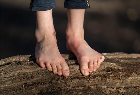 5 REASONS YOU SHOULD TRY BAREFOOT SHOES FOR YOUR KIDS